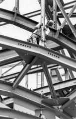 Iron Worker raising supports, 1994